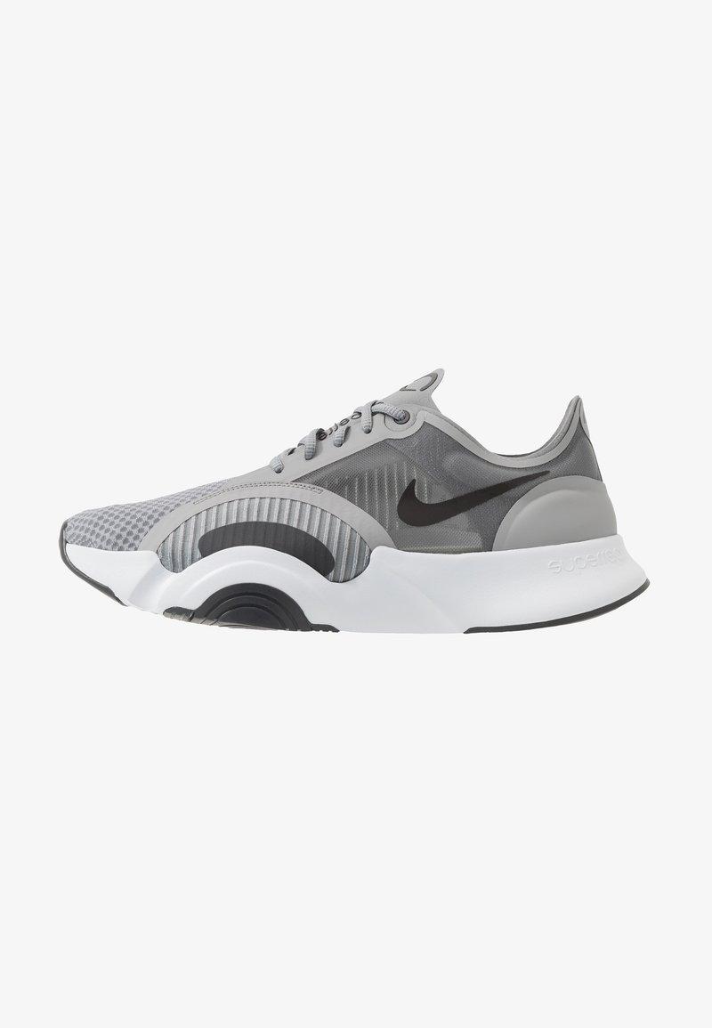 Nike Performance - SUPERREP GO - Sportschoenen - particle grey/dark smoke grey/light base grey