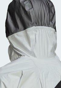 adidas Performance - TERREX AGRAVIC PRO TRAIL - Chaqueta de entrenamiento - white - 7