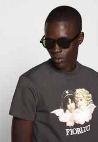 Fiorucci - VINTAGE ANGELS TEE - Print T-shirt - dark grey - 3