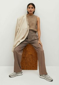 Mango - CLAUDI - Trousers - bruin - 5
