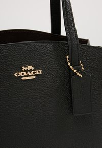 Coach - CHARLIE CARRYALL - Handtas - black - 6