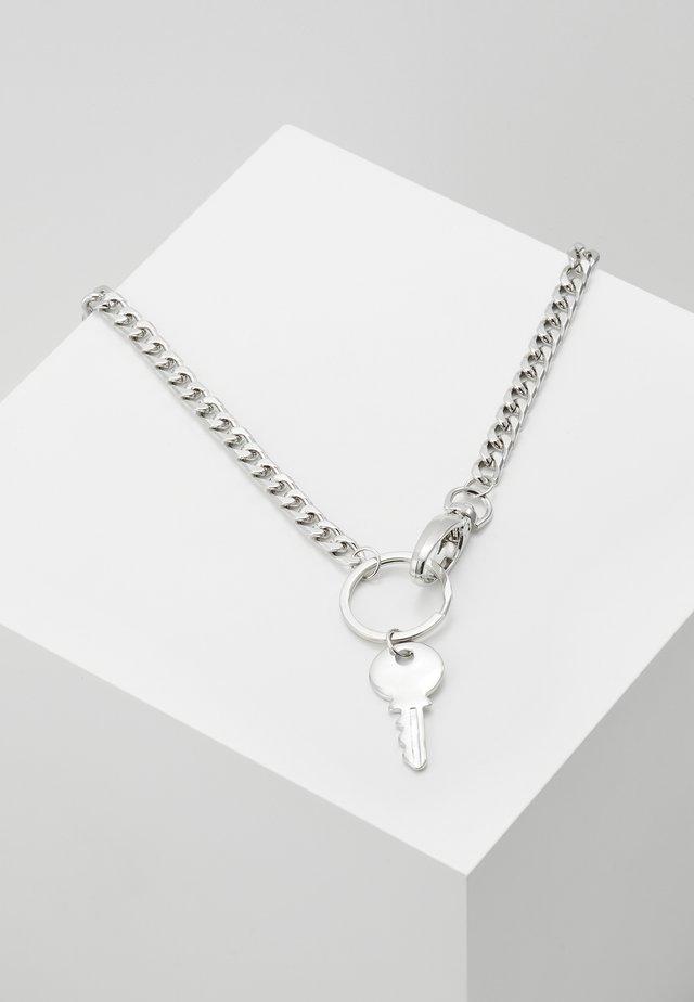 KEY CHAIN NECKLACE - Kaulakoru - silver-coloured