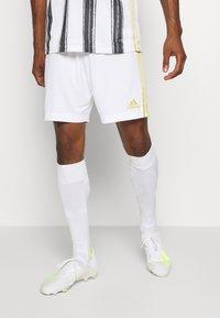 adidas Performance - JUVENTUS AEROREADY SPORTS FOOTBALL SHORTS - Sports shorts - white - 0