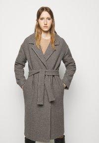 DESIGNERS REMIX - ISABELLE BELTED COAT - Klasický kabát - multi colour - 0