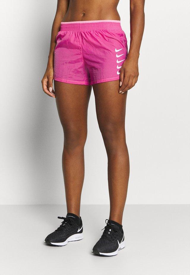 RUN SHORT - Krótkie spodenki sportowe - pink glow/white