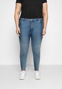 Vero Moda Curve - VMLOA  - Jeans Skinny Fit - light blue denim - 0