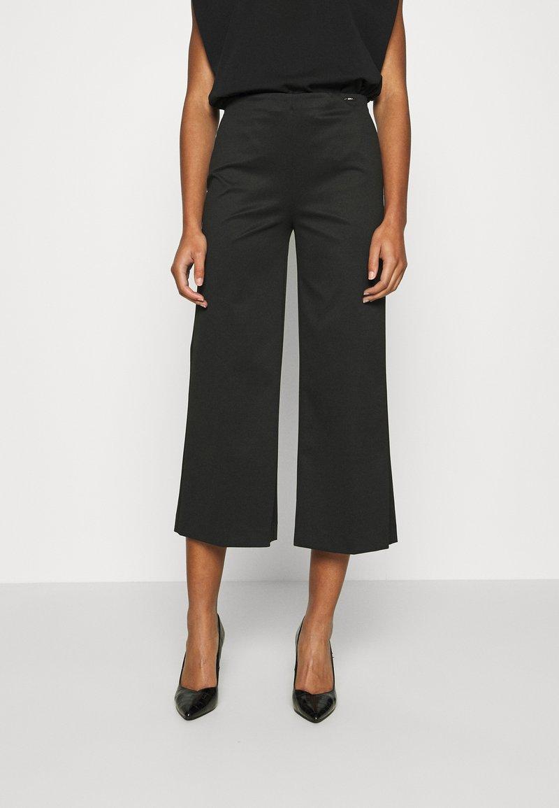 Liu Jo Jeans - PANT LYPOVA - Trousers - nero