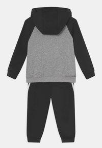 adidas Performance - LOGO SET UNISEX - Chándal - medium grey heather/black/white - 1