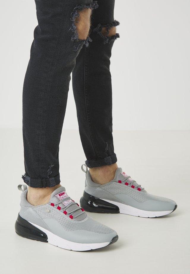 VALEN - Sneakers - lt grey/red/black