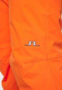 J.LINDEBERG - TRUULI SKI PANT - Snow pants - juicy orange - 5