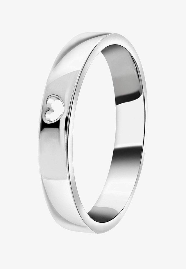MET UITGESNEDEN HART - Ring - zilver