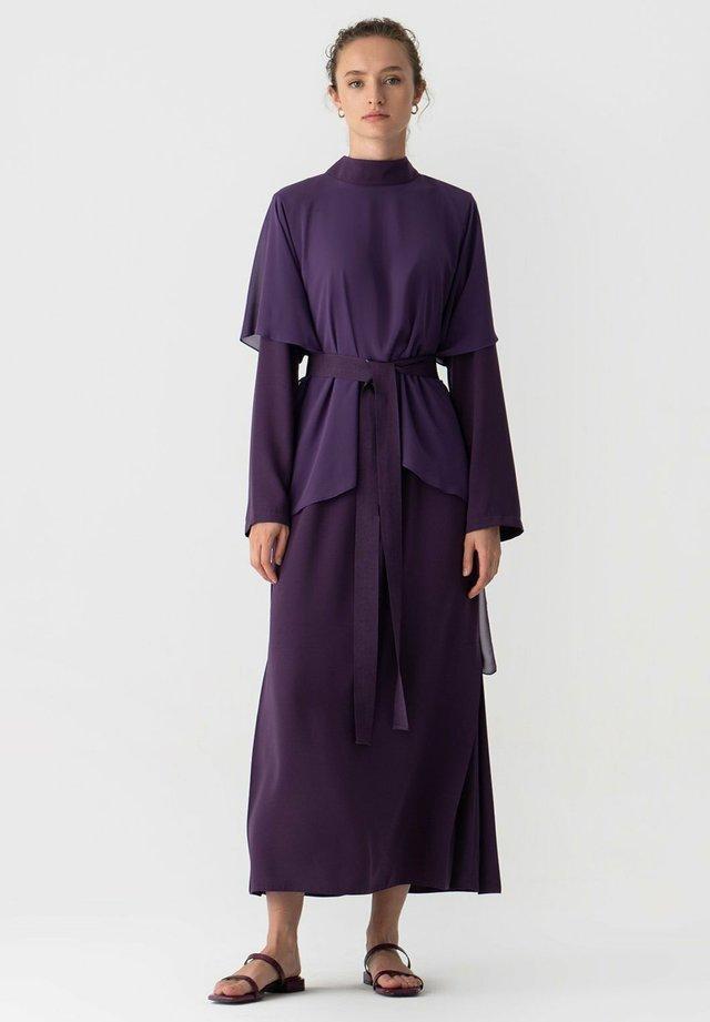 TOUCHÉ PRIVÉ CHIFFON - Maxi-jurk - purple