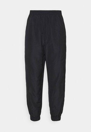 NMKAJA PANTS - Pantaloni sportivi - black