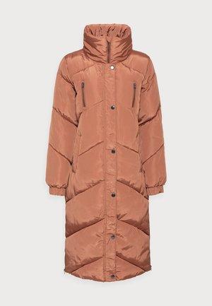 LINDSAY OUTERWEAR - Winter coat - russet