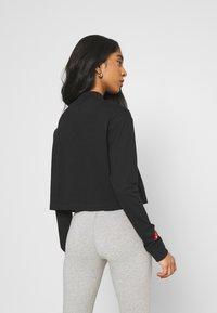 Nike Sportswear - TEE MOCK LOVE - Top sdlouhým rukávem - black - 2