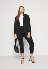 Vero Moda Curve - VMEVA PAPERBAG PANT - Bukse - black - 1
