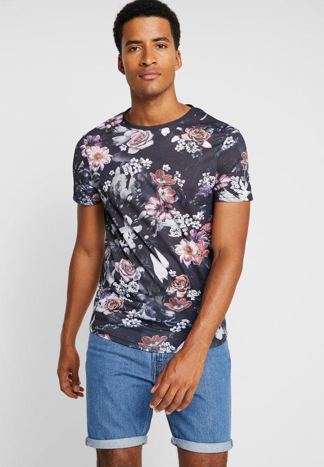 T-shirt med print - multicoloured