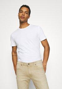 KnowledgeCotton Apparel - ALDER TEE 2 PACK - T-shirt - bas - grey melange - 4