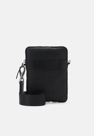 FLY MINI MESSENGER - Across body bag - black