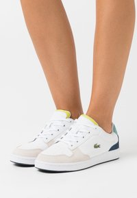 Lacoste - MASTERS CUP  - Baskets basses - white/navy - 0