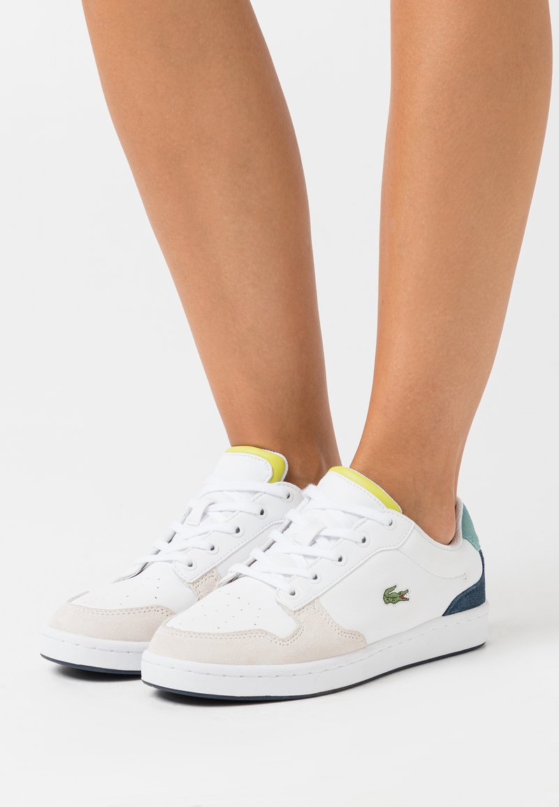 Lacoste - MASTERS CUP  - Baskets basses - white/navy