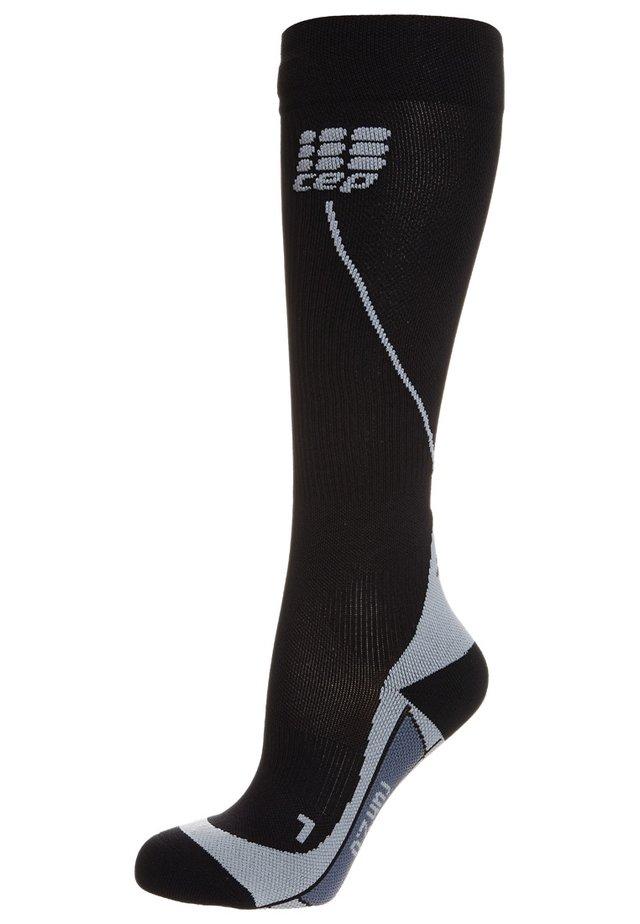 PROGRESSIVE+ RUN SOCKS 2.0 - Knee high socks - black/grey