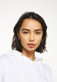 Missguided Petite - HOODIE AND JOGGER SET - Hoodie - white - 5