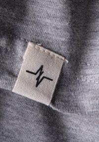 Spitzbub - HUBERT - Basic T-shirt - grey - 6