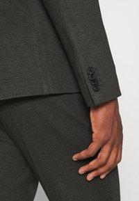 Isaac Dewhirst - Oblek - grey - 12