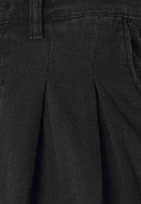 Monki - NANI PALAZZO - Jeans a sigaretta - black dark - 6