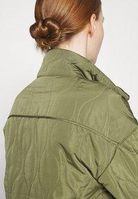 YAS - YASWENNA QUILTED  - Short coat - khaki - 4