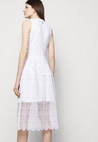MICHAEL Michael Kors - MIDI DRESS - Cocktail dress / Party dress - white - 4
