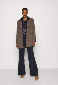 Anna Field - Long sleeved top - dark blue/camel - 1