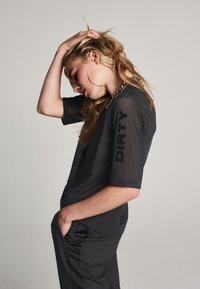 Zoe Karssen - T-shirt con stampa - black - 3