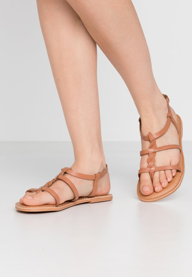 WIDE FIT GOA - T-bar sandals - tan