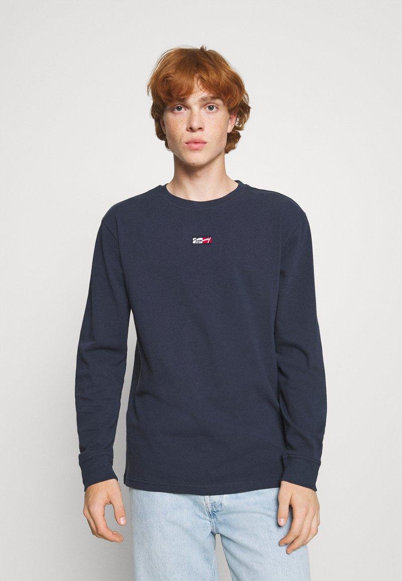 Tommy Jeans - TINY SCRIPT TEE - Maglietta a manica lunga - twilight navy