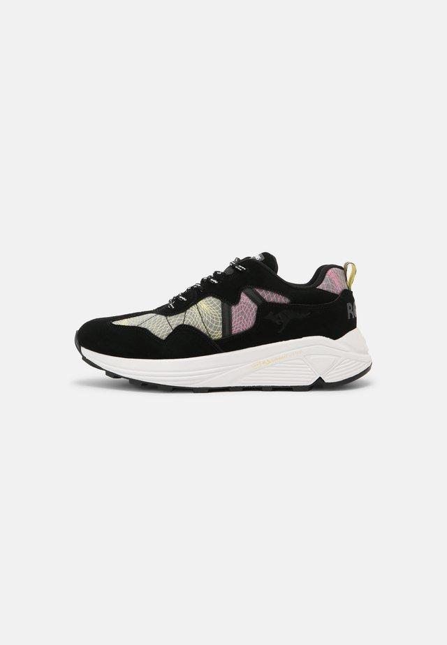 DYNAFLOW - Sneakers laag - jet black/neon pink