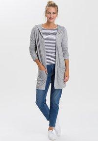 Cross Jeans - Long sleeved top - white/navy - 1