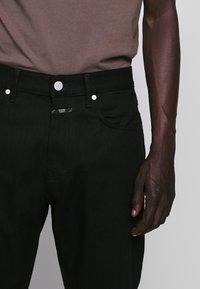 CLOSED - COOPER - Slim fit jeans - black - 5