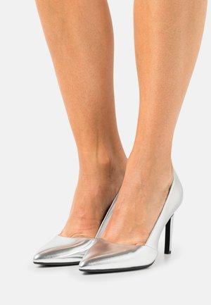 ESSENTIAL  - High heels - silver