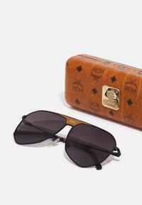 MCM - UNISEX - Sunglasses - matte black - 3