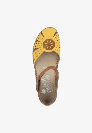 Sandalen - yellow-cayenne (m1666-69)