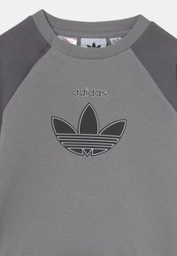 adidas Originals - CREW SET UNISEX - Trainingspak - mottled dark grey - 3