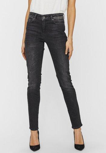 VMELLA NORMAL WAIST - Slim fit jeans - black