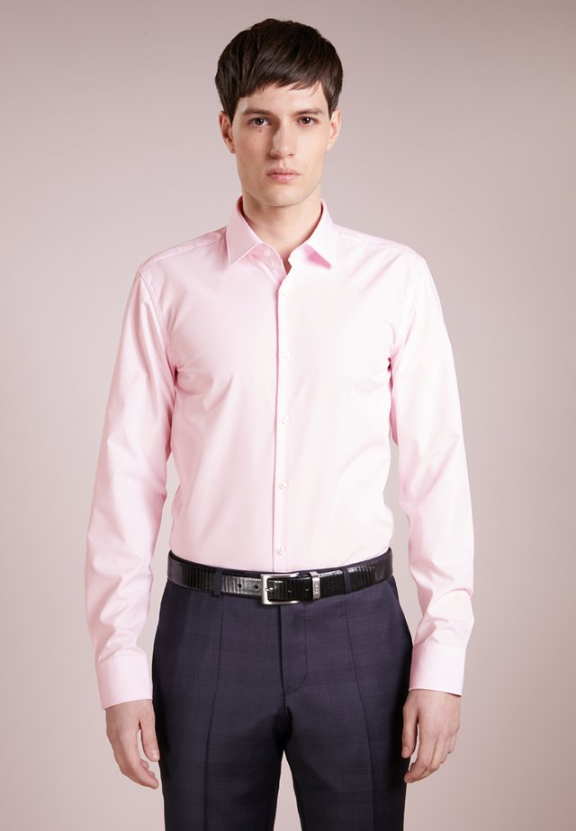 JENNO SLIM FIT - Kauluspaita - light/pastel pink