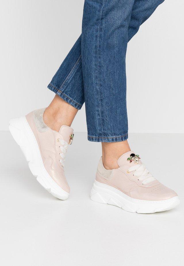 Sneakers basse - natur skin/polaris platino