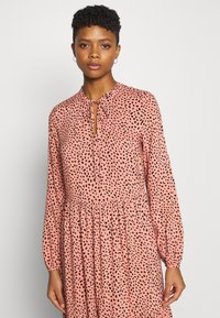 Even&Odd - Maxi dress - pink/black - 3