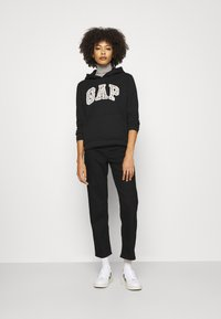 GAP - NOVELTY - Sudadera - black - 1