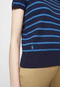 Polo Ralph Lauren - PIMA STRETCH - Print T-shirt - blue/multi - 4
