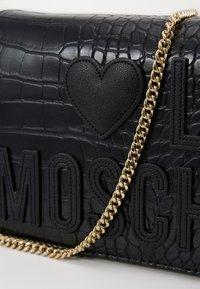 Love Moschino - BORSA - Taška spříčným popruhem - black - 4